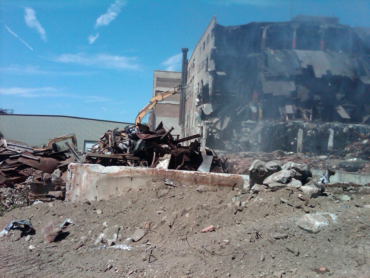 IronHustler Excavating – Demolition